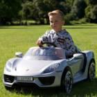 מכונית ממונעת לילדים פורשה Porsche 918 הלהיט של 2019